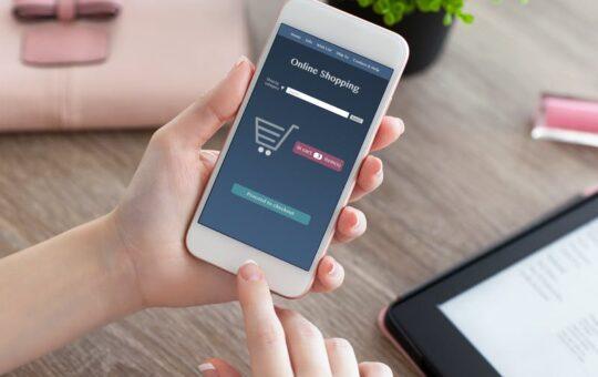 Online Shopping Making Life Easy
